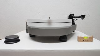 Project RPM 9 incl.Ortofon 2M Silber Kommissionsgerät (Privatverkauf)